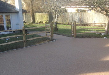 Resin bound gravel pathway