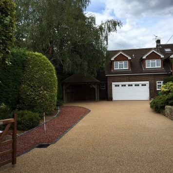 Resin bound driveway case study